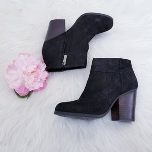 Kenneth Cole 'Might Be' Ankle Booties